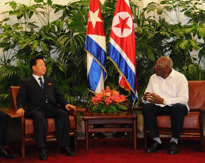 Evalúan Cuba y RPDC relaciones bilaterales