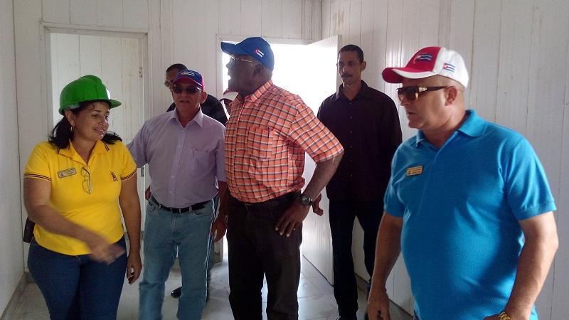 Confirma Valdés Mesa construcción de viviendas en Ciego de Ávila