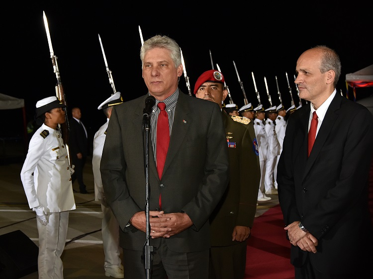 Díaz Canel arrives in Venezuela to attend Maduro inauguration