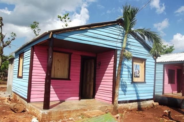 Camagüey, nuevas viviendas entre las cañas. Fotos: Miozotis Fabelo