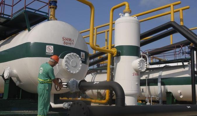 Petroleros del centro, por más de un millón este año