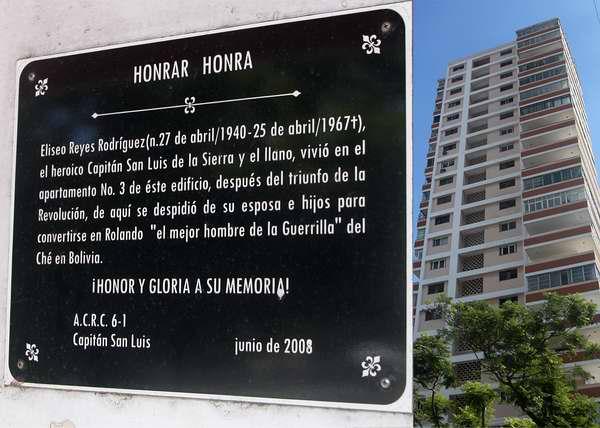 Tarja dedicada al revolucionario cubano Eliseo Reyes Rodr�guez. Foto Abel Rojas