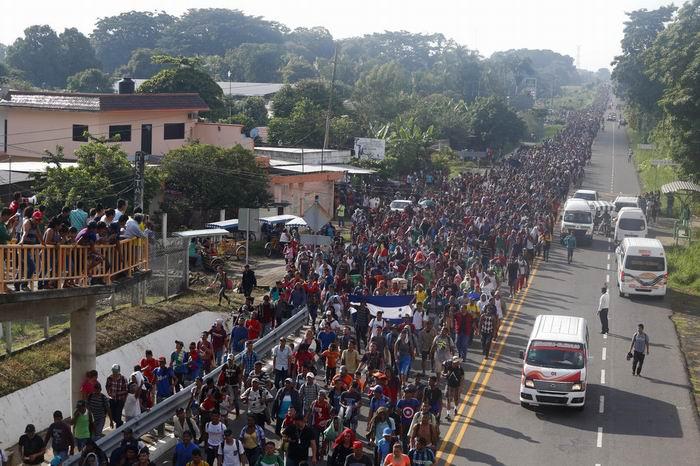 http://radiorebelde.cu/images/images/mundo/caravana-migrantes-mexico.jpg