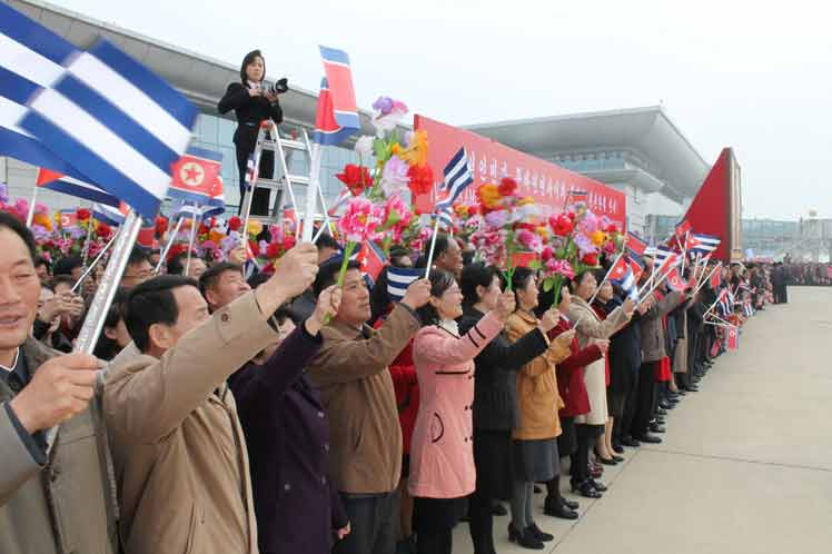 Recibimiento a Díaz-Canel en la República Popular Democrética de Corea