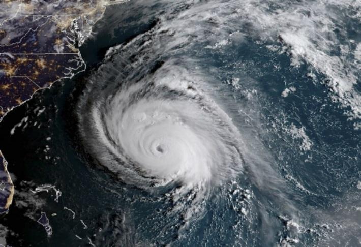 Azota Florence la costa este de Estados Unidos y su embate podría durar días