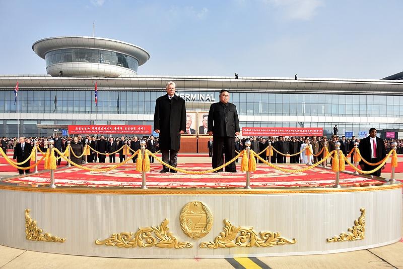 LLegada de Díaz-Canel a la República Democrática de Corea